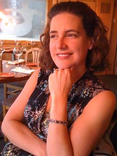 Laura Slugg headshot